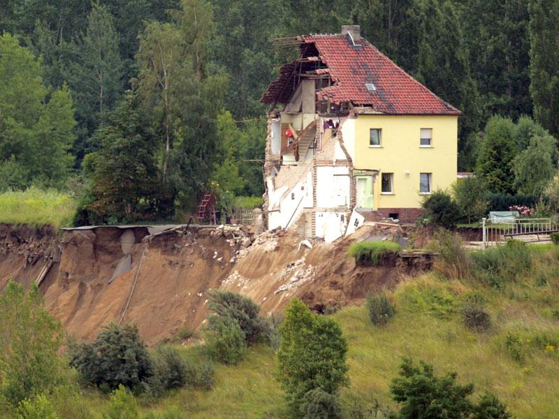 Erdrutschhaus180709