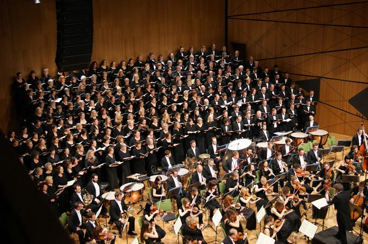 OrchesterundChorDS02335